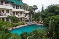Scuba-diving-in-Koh-Tao-Thailand-2756